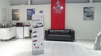 Showroom_POS_Stands2.jpg